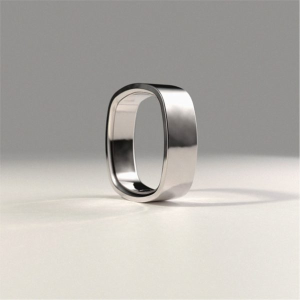 Side perspective of the Original Simple Ring